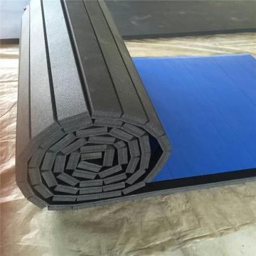 Multifunctional foam play mat