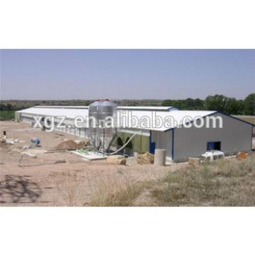 Economic and easy installation prefabricated chicken house with light steel structure
