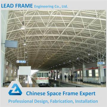 Long span arch truss roof for train station